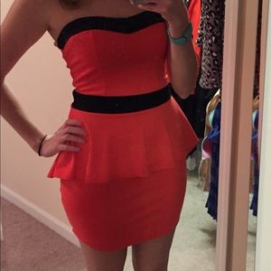 Juniors Orange & Black Dress with Peplum M